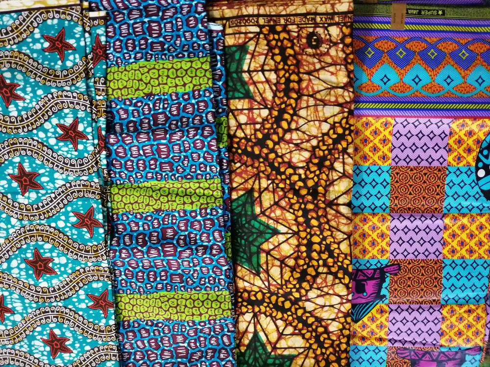 tissu pagne africain ou tissu africain, encore appelé tissu wax