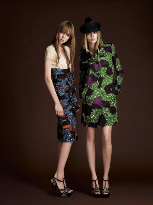 jupe et ensemble tailleur en tissu wax ou tissu pagne africain, collection burberry