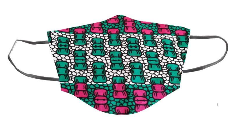 masque lavable doublé en tissu coton et tissu wax ou tissu pagne africain, cousu selon les recommandation de l'afnor avec élastiques derrière les oreilles et fente pour filtre